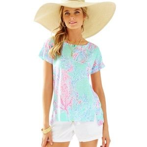 Lilly Pulitzer Mikela Top in Minty fresh Fans Sea